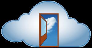 Puerta abierta dentro de una nube